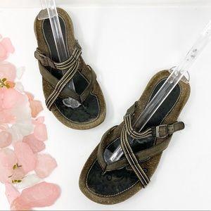 Teva Crisman Leather Strap Thing Sandals Sz 8.5